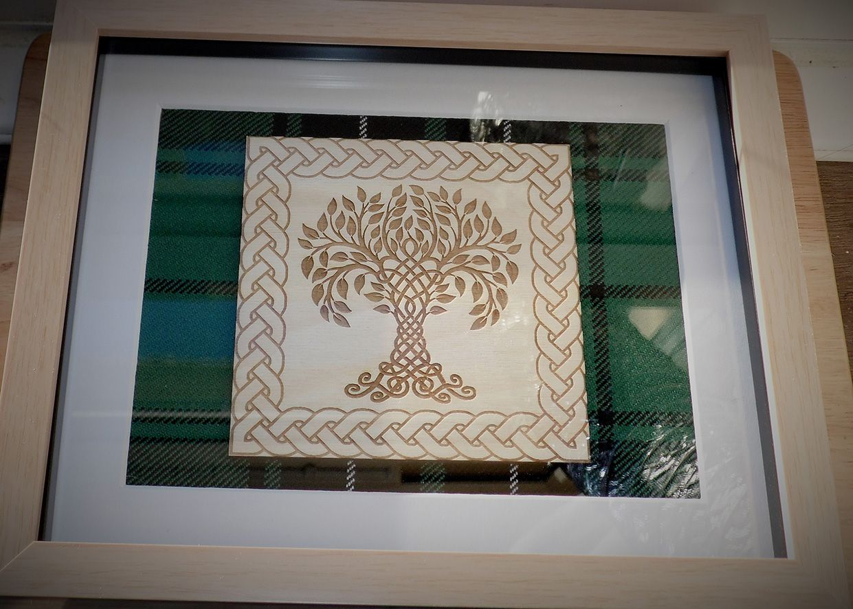 Lesley`s tree of life engraving