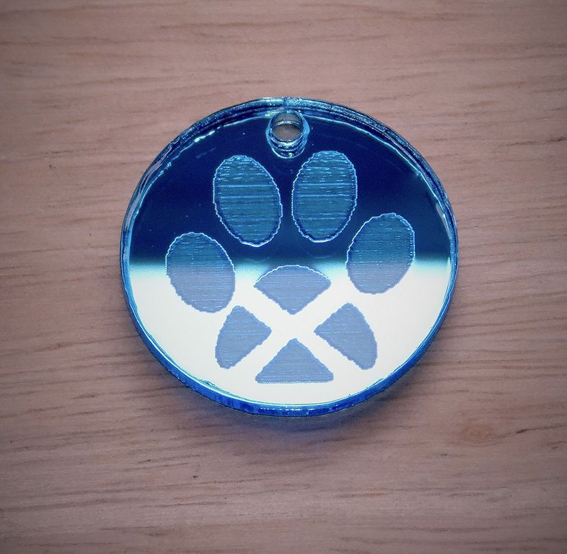 Mirrored 'Saltire Pawprint' collar tag