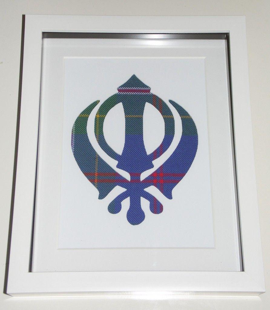 Khanda on Singh tartan
